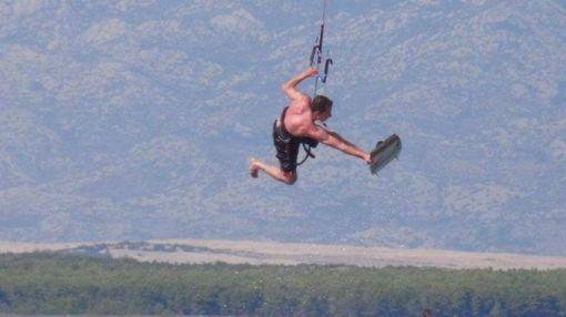 Kitesurfen - Tricks - Sprünge unhooked